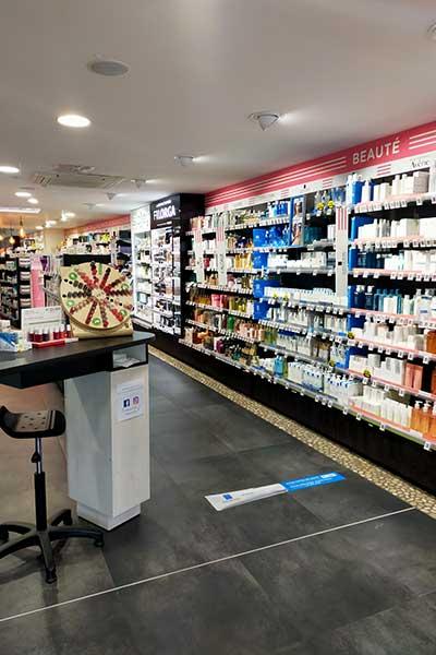 Pharmacie-du-Bourg-(03)