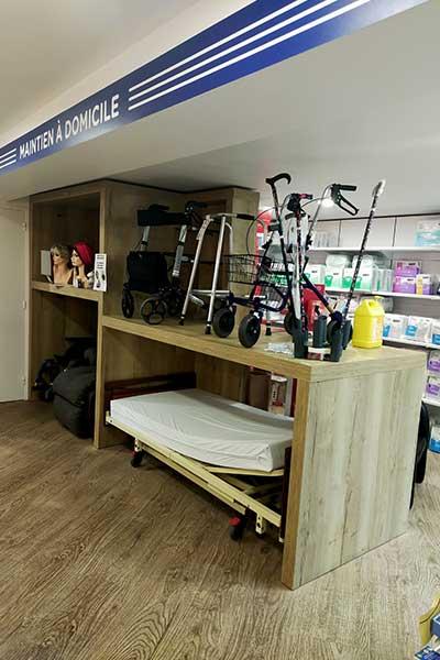 Pharmacie-du-Bourg-(04)